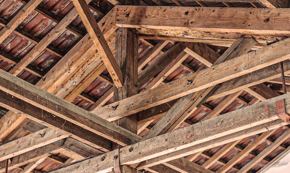 charpente bois toit structure