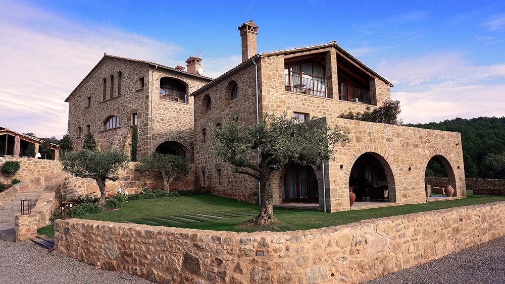 ferme restaurée rénovée neuve pierres maison