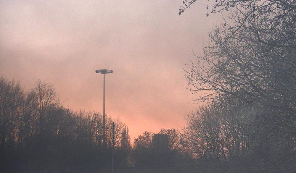 pollution atmospherique atmosphère lille citadelle bois plastique pneu