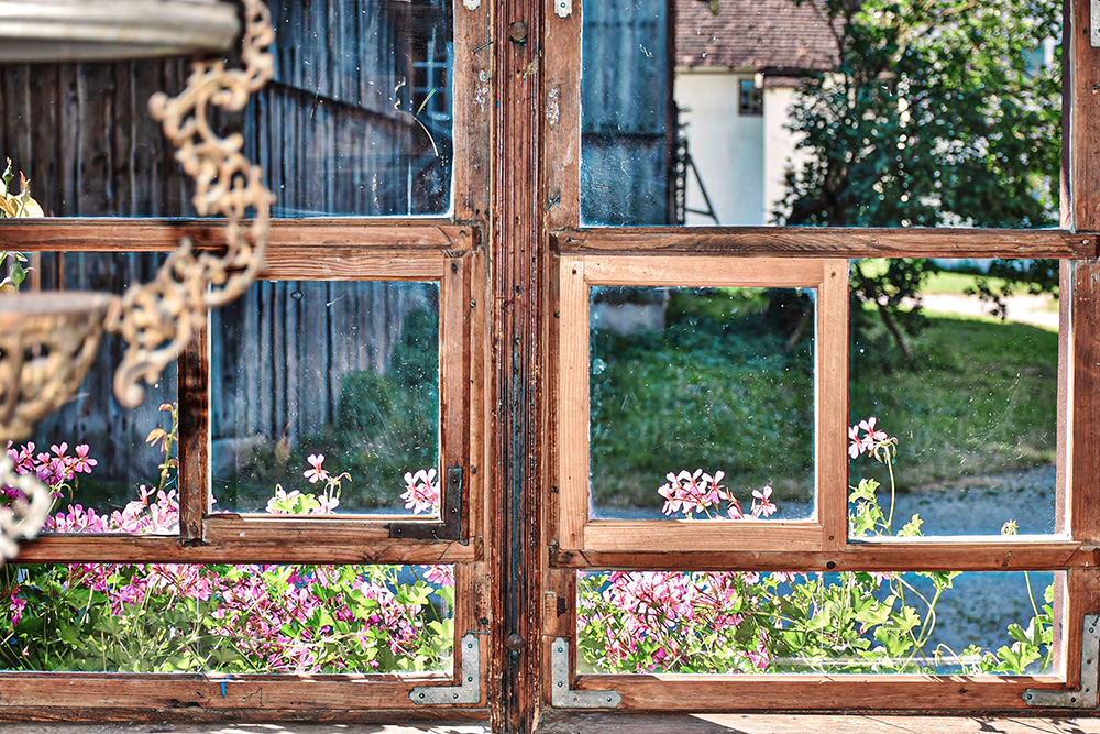 vieille fenetre carreaux vitre campagne
