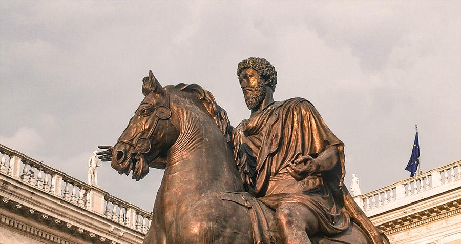 statue de marc aurèle sur son cheval